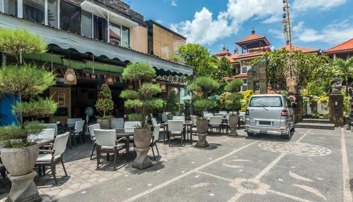 ZenRooms Legian Poppies One Bali - Tampak luar