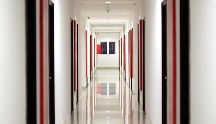 Amaris Pemuda Semarang - Koridor Merah