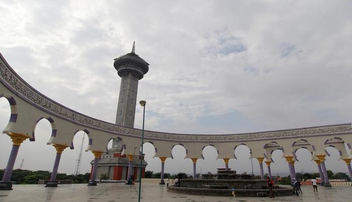 Amaris Pemuda Semarang - Masjid Agung