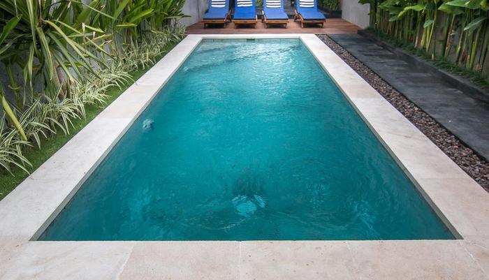 Delu Villas and Suite Bali - Kolam renang
