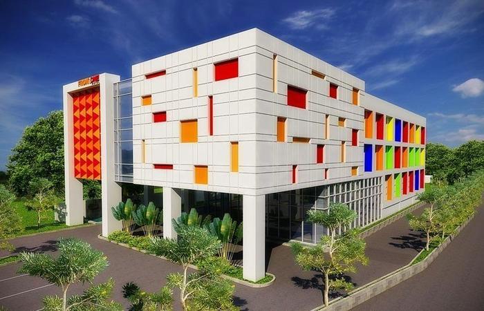 Front One Hotel Purwodadi Grobogan - Eksterior