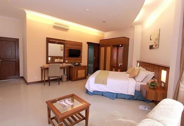 Karang Sentra Hotel Bandung -
