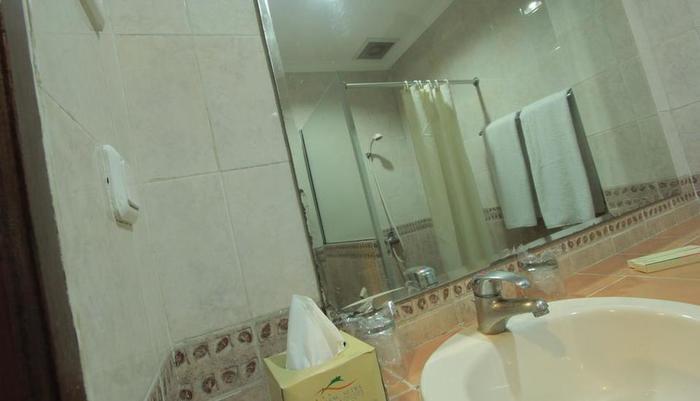 Horison Karang Setra Resorts Bandung - Standard Bathroom