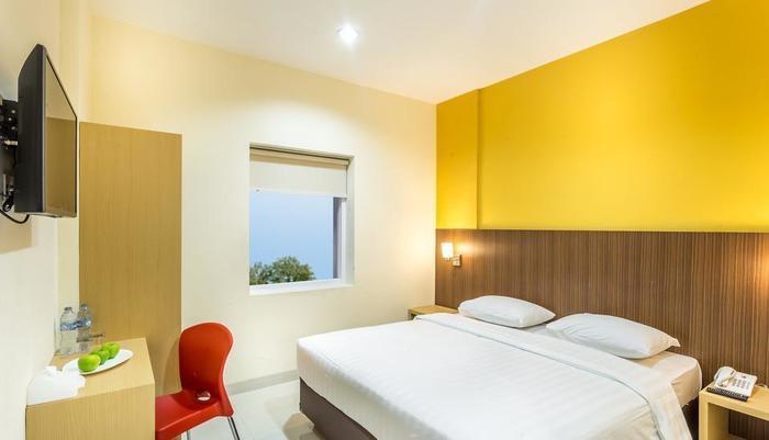 Astera Hotel Bintaro - double bed