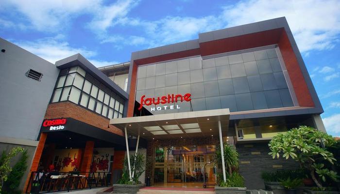 Hotel Faustine by Conary Semarang - Exterior