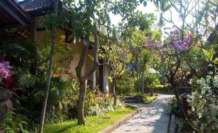 Kuta Puri Bungalow and Spa Bali - Eksterior