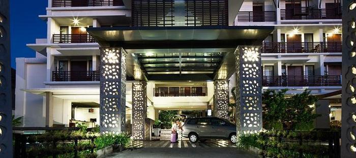Sun Island Hotel Kuta - Tampilan Luar Hotel