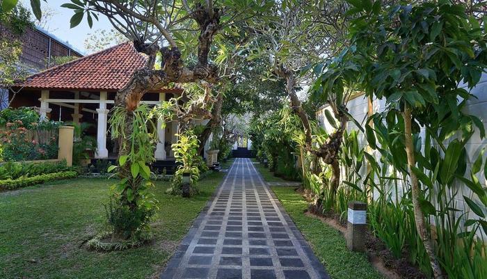 Dampati Villas Bali - Taman