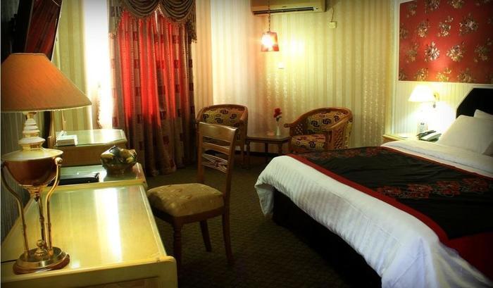 Hotel Dyan Graha Pekanbaru - SUIT ROOM