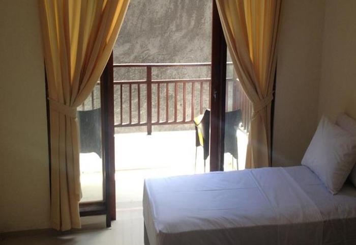 Balangan Guest House Bali - Kamar tamu