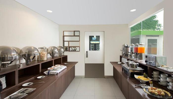 Odua Bekasi Hotel Bekasi - Restaurant