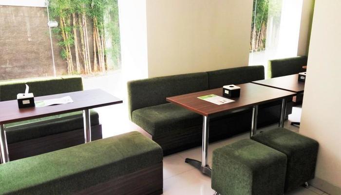 Odua Bekasi Hotel Bekasi - Lounge