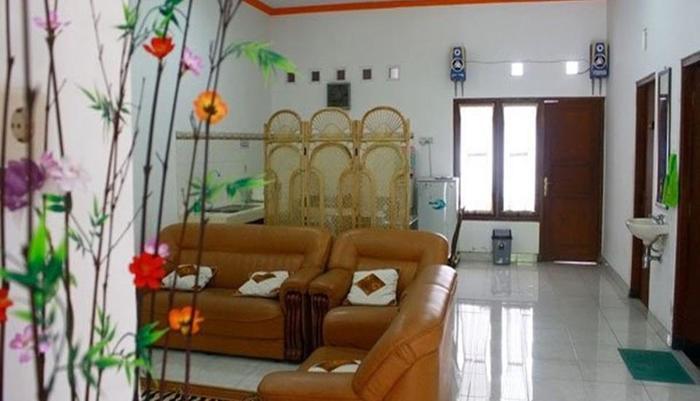 Simply Homy Guest House Monjali 1 Yogyakarta - Ruang tamu