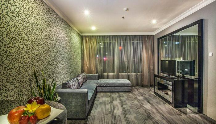 The Mirah Hotel Bogor - Presiden Suite Living Room