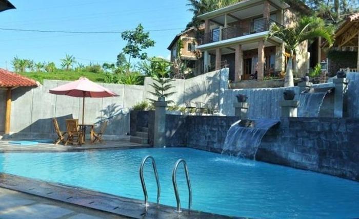 Resort Alamanda Garut - Kolam Renang