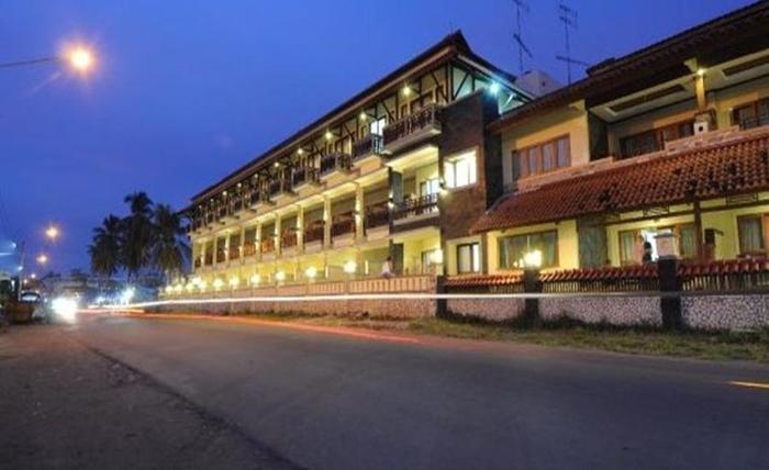 Surya Kencana Seaside Hotel Pangandaran - Eksterior