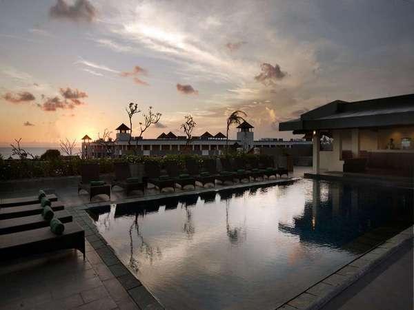 Champlung Mas Bali - Pemandangan di sekitar Hotel