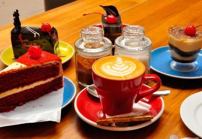 Ivory By Ayola Hotel Bandung - Coffee Shop