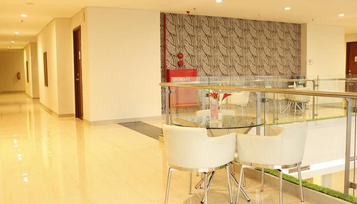 Hotel 88 Embong Malang - Interior