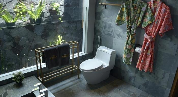 Warisan Heritage Resort & Resto Solo - Kamar mandi