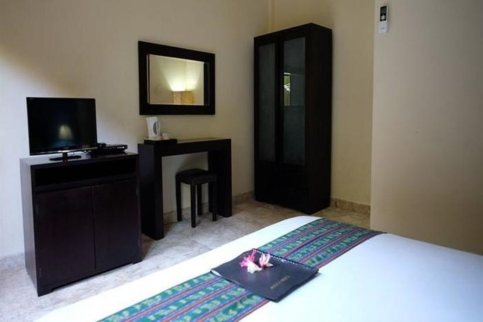 Ellies Hotel Bali - Kamar tamu