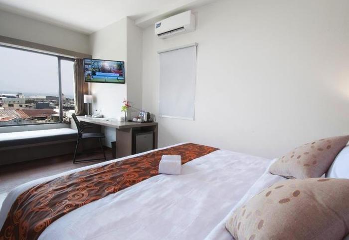Sparks Lite Hotel Manado - Kamar Double