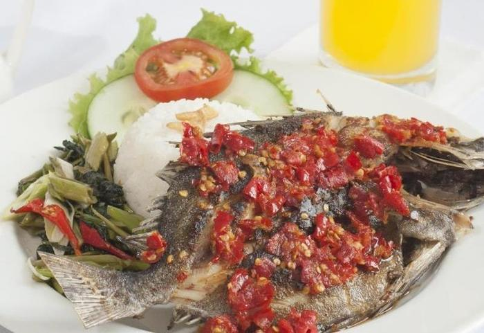 Sparks Lite Hotel Manado - Makanan