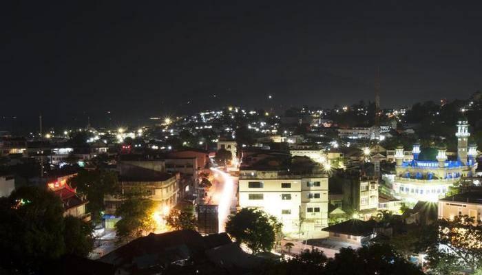 Sparks Lite Hotel Manado - pemandangan