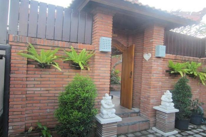 DanSte Villas Bali - Pintu masuk