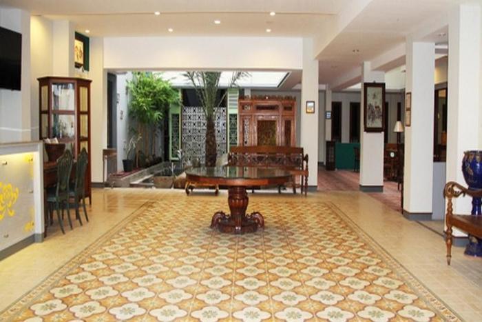 Hotel Koening Cirebon - Lobi