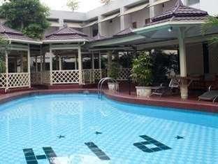 Pardede Hotel Medan - Kolam Renang