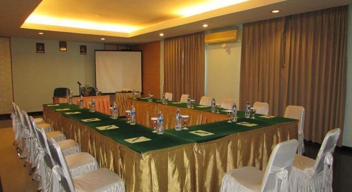 Wisata Hotel Palembang - Ruang Rapat