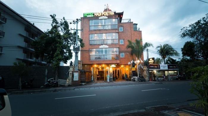 Hadi Poetra Hotel Bali - Tampilan Luar Hotel