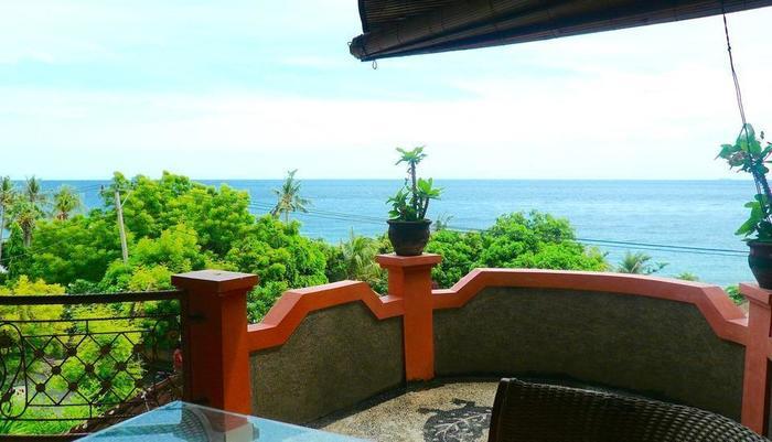 C'est Bon Homestay 1 Bali - Ocean View Kamar - Teras