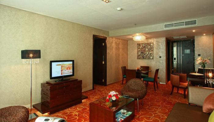 Grand Swiss-Belhotel Medan - Ruang kamar suite