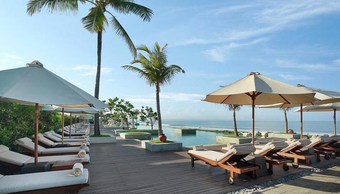Seminyak Beach Resort Bali - Infinity Pool