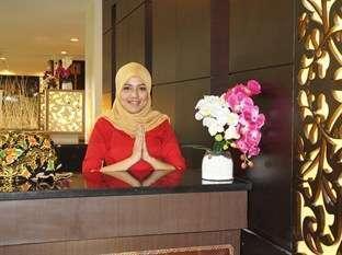 Balairung Hotel Jakarta - Resepsionis