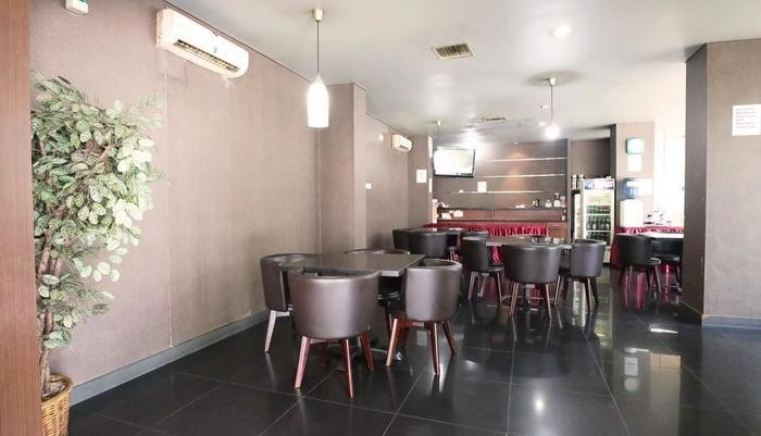 Hotel Mirah Jakarta - breakfast area