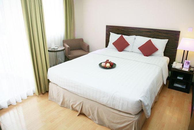 Aston Braga Hotel & Residence Bandung - Studio Balcony