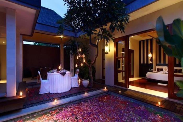 Aria Exclusive Villas & Spa Bali - Romantic Dinner