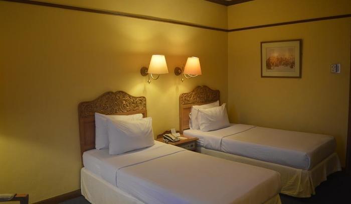 Hotel Mutiara Yogyakarta - Deluxe Twin