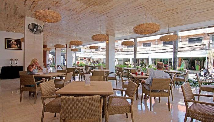 ZenRooms Benesari 6 Legian Kuta Bali - Restoran