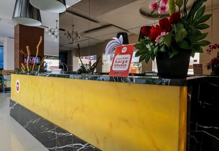 NIDA Rooms Cendrawasih 452 Makassar - Resepsionis