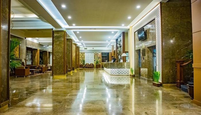 Grand Inna Tunjungan - Lobby