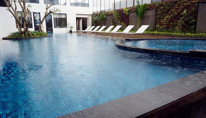 GAIA Cosmo Hotel Yogyakarta - Kolam Renang
