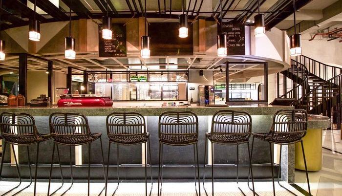 GAIA Cosmo Hotel Jogja - Inspira Roaster