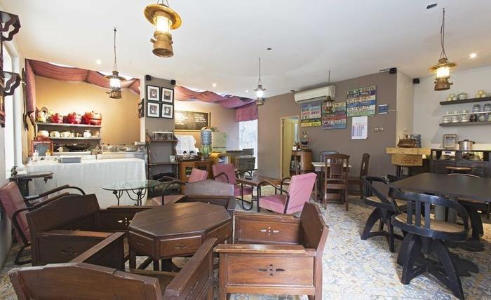 RedDoorz near Arteri Pondok Indah Jakarta - Restoran