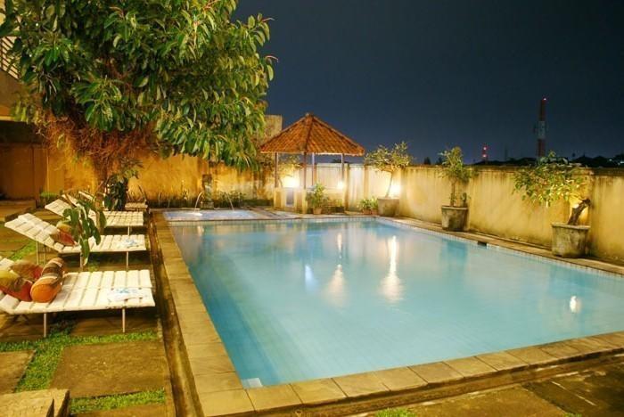 Hotel Augusta Valley Bandung - Swimming Pool