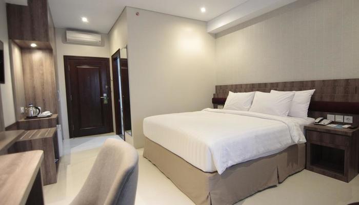 Tara Hotel Yogyakarta - Deluxe Double