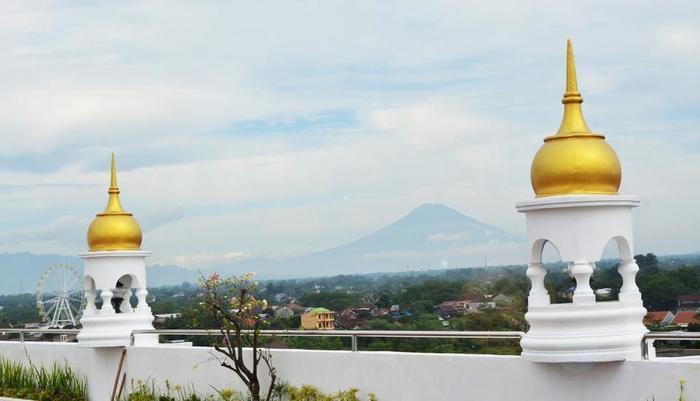 Tara Hotel Yogyakarta - Roof Top